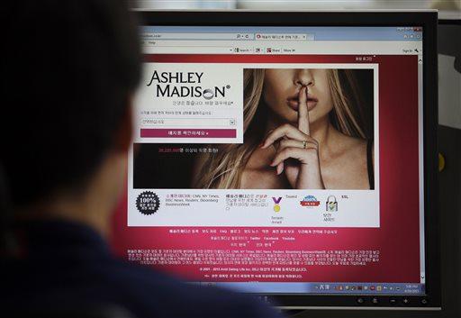 Ashley Madison Hacked_36455