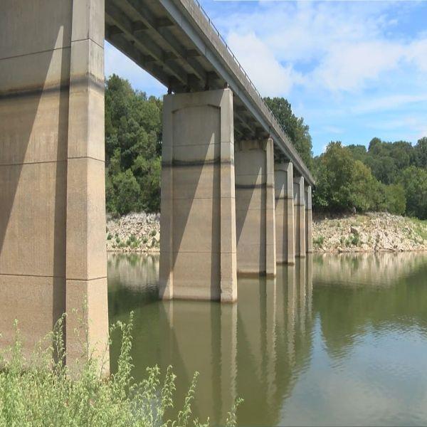 Boone Lake 8-18-15_36230