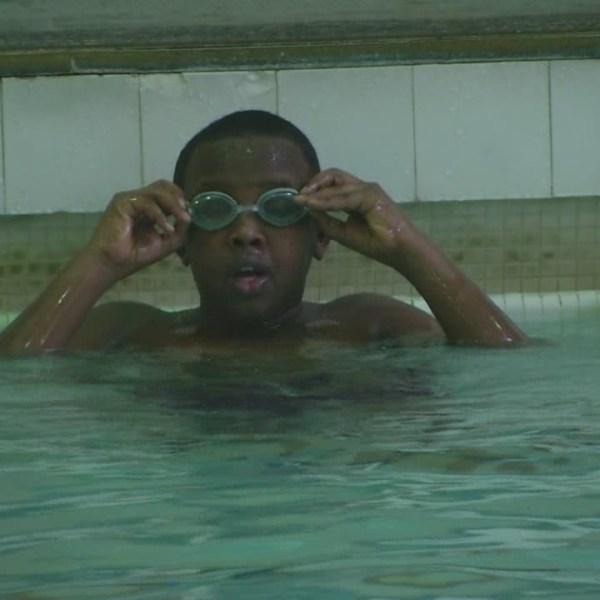 immigrant-swimmer_93400