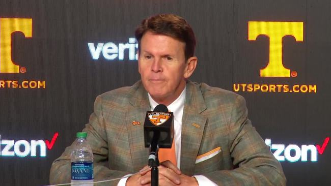UT Athletics Director Dave Hart_115969