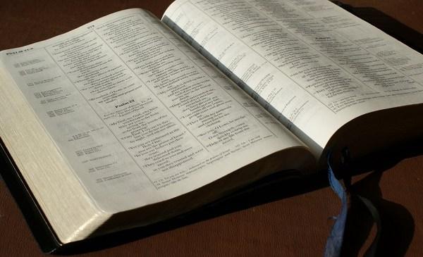 Bible_131549