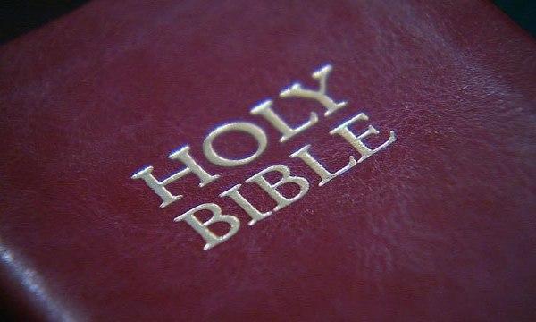 Bible_130772