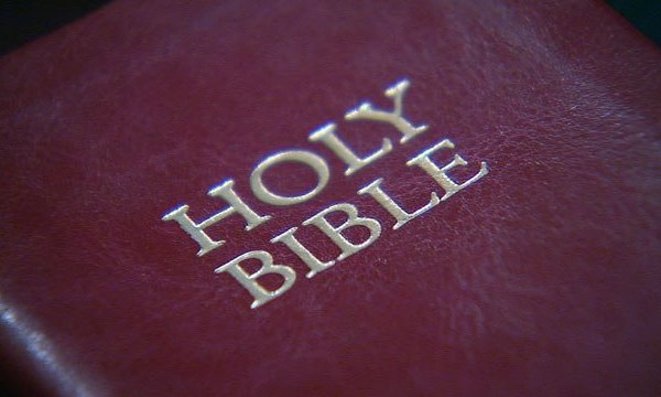 Holy Bible_140390