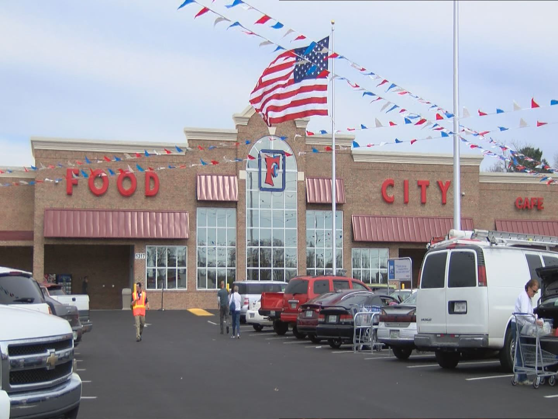 Virginia Ave. Food City_135185