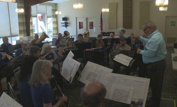 Band for seniors_150909