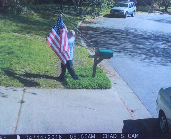 stolen-flag3_154223
