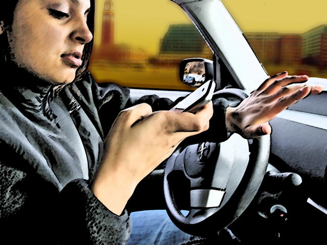 Cell Phone Driving_19136