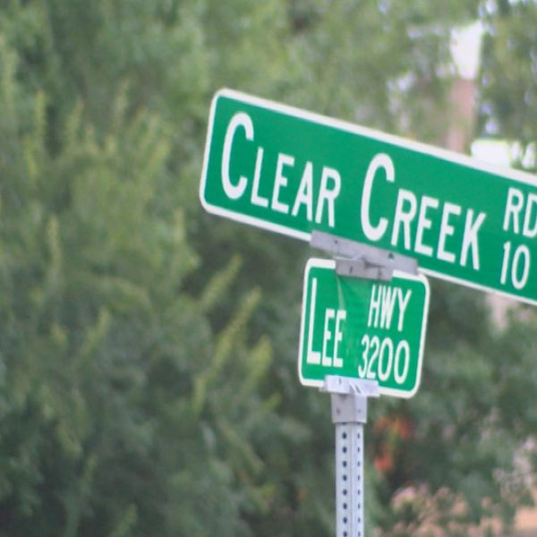 clear creek sign_188525