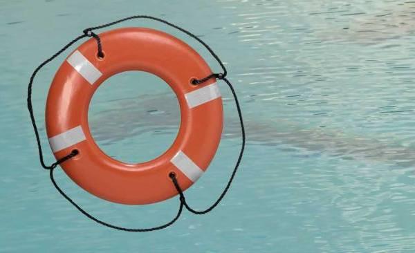 drowning-life-preserver_186215