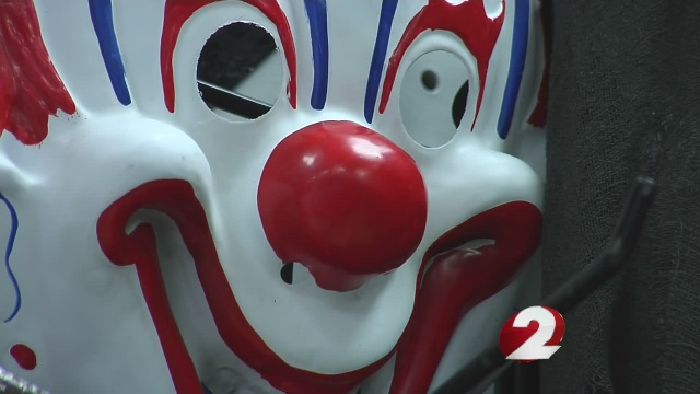 clown-chase_217506