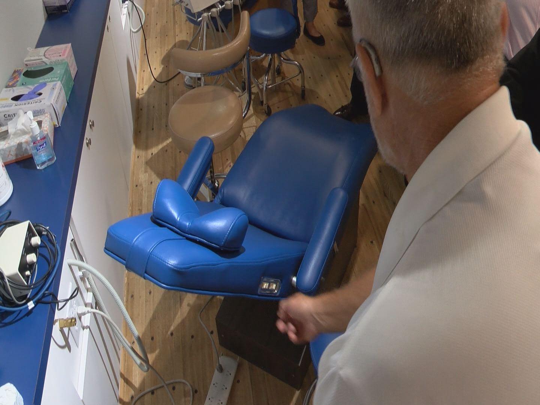 mobile-dental-unit-3_216526