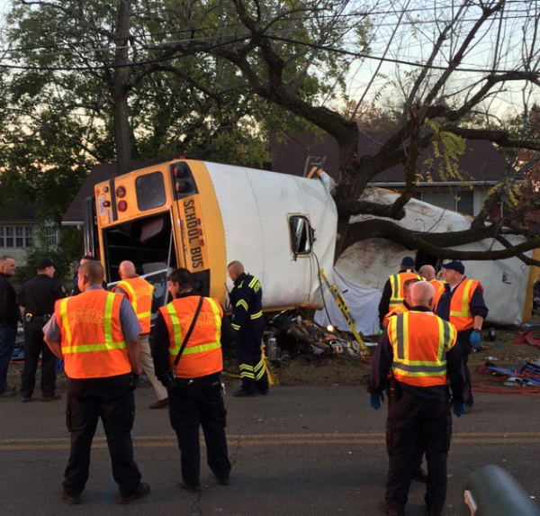 chattanooga-bus-crash-photo_240249