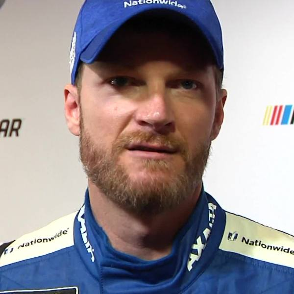 Dale Earnhardt Jr.: 'I want to keep racing'