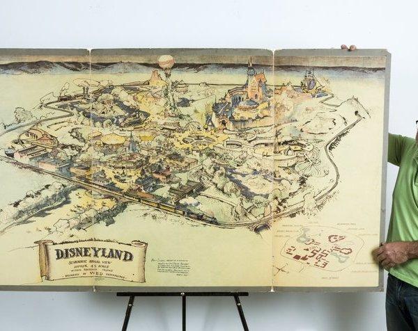 disneyland sketch_330979