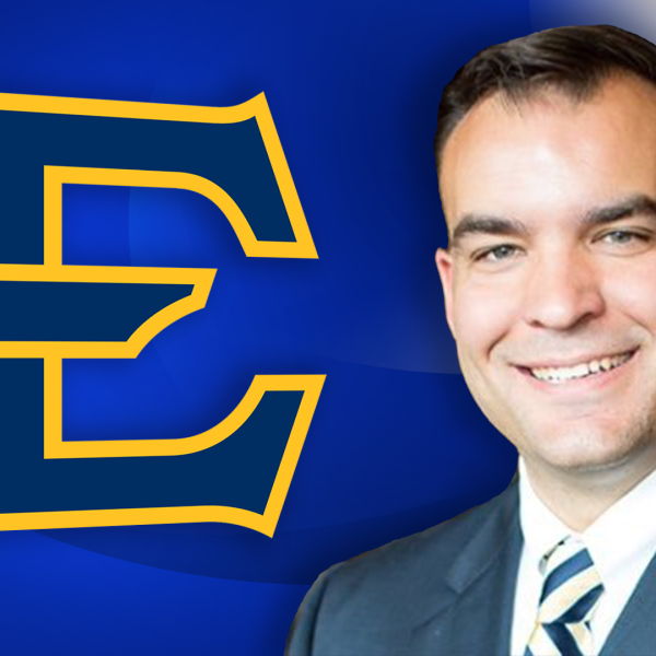 ETSU AD SCOTT CARTER_390874