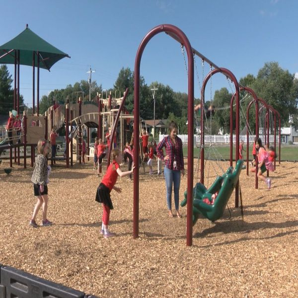 PIC FOR PLAYGROUND WEB_402763