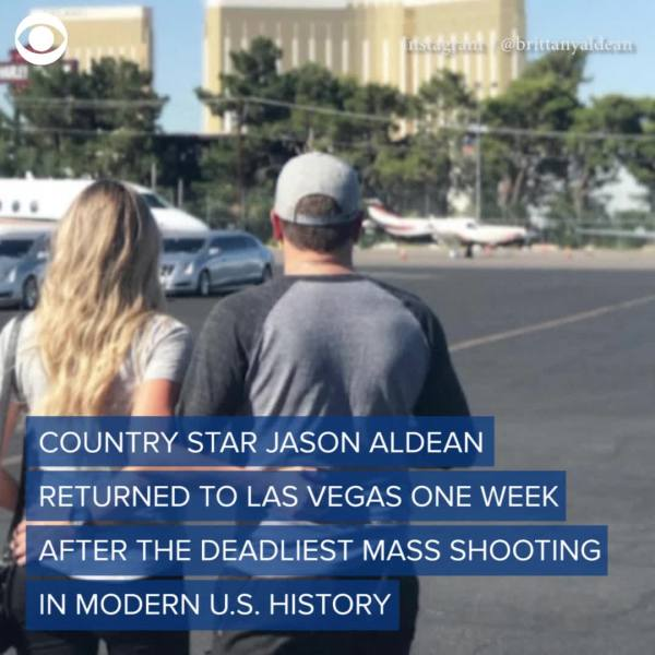 Jason Aldean visits Las Vegas a week after shooting