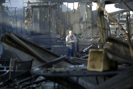 APTOPIX California Wildfires_449755