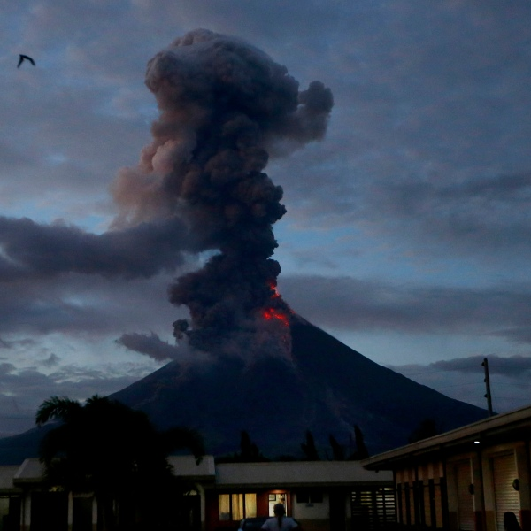 Philippines_Volcano_04454-159532.jpg76333040