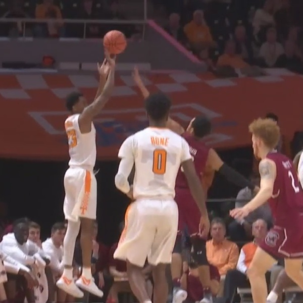 18th_ranked_Tennessee_Vols_hang_on_to_be_0_20180214051558