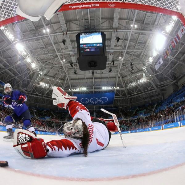 APTOPIX_Pyeongchang_Olympics_Ice_Hockey_Women_83121-159532.jpg26685586