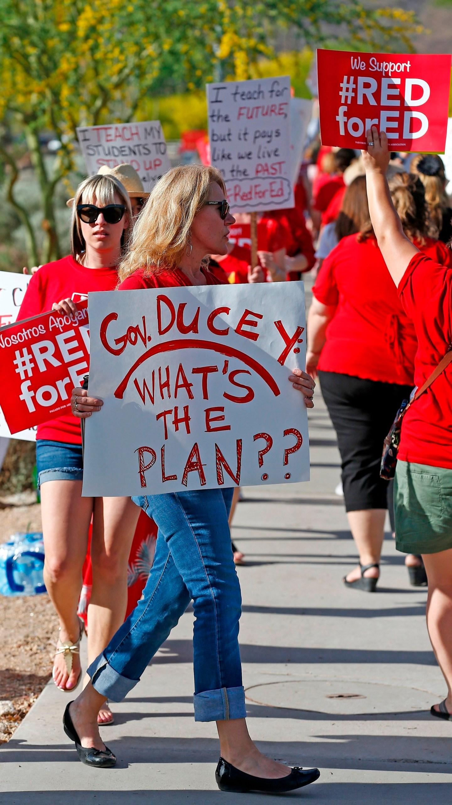 Arizona_Teachers_Protest_89604-159532.jpg48774978