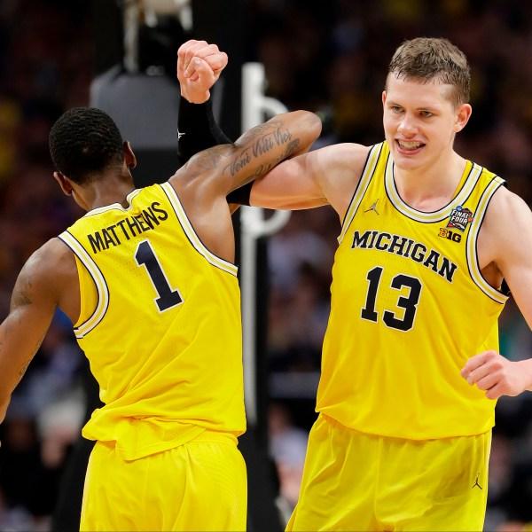 Final_Four_Loyola_Michigan_Basketball_23160-159532.jpg79416089