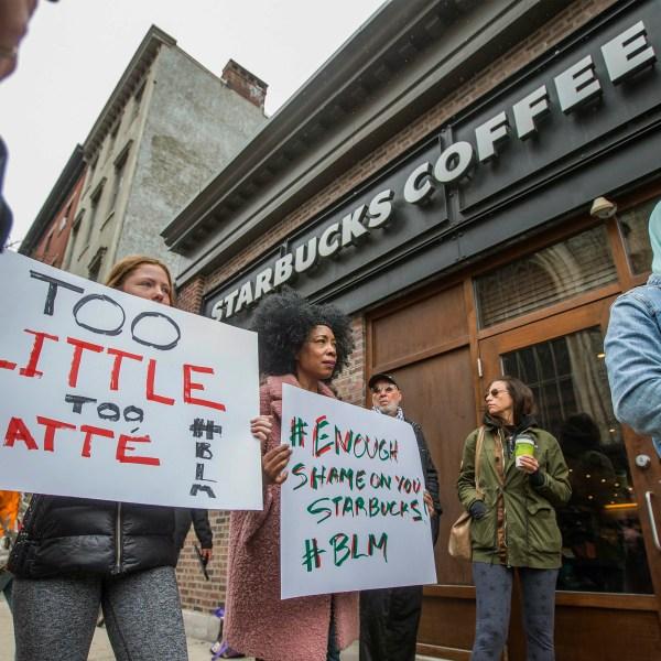 Starbucks-Black_Men_Arrested_27525-159532.jpg97901369