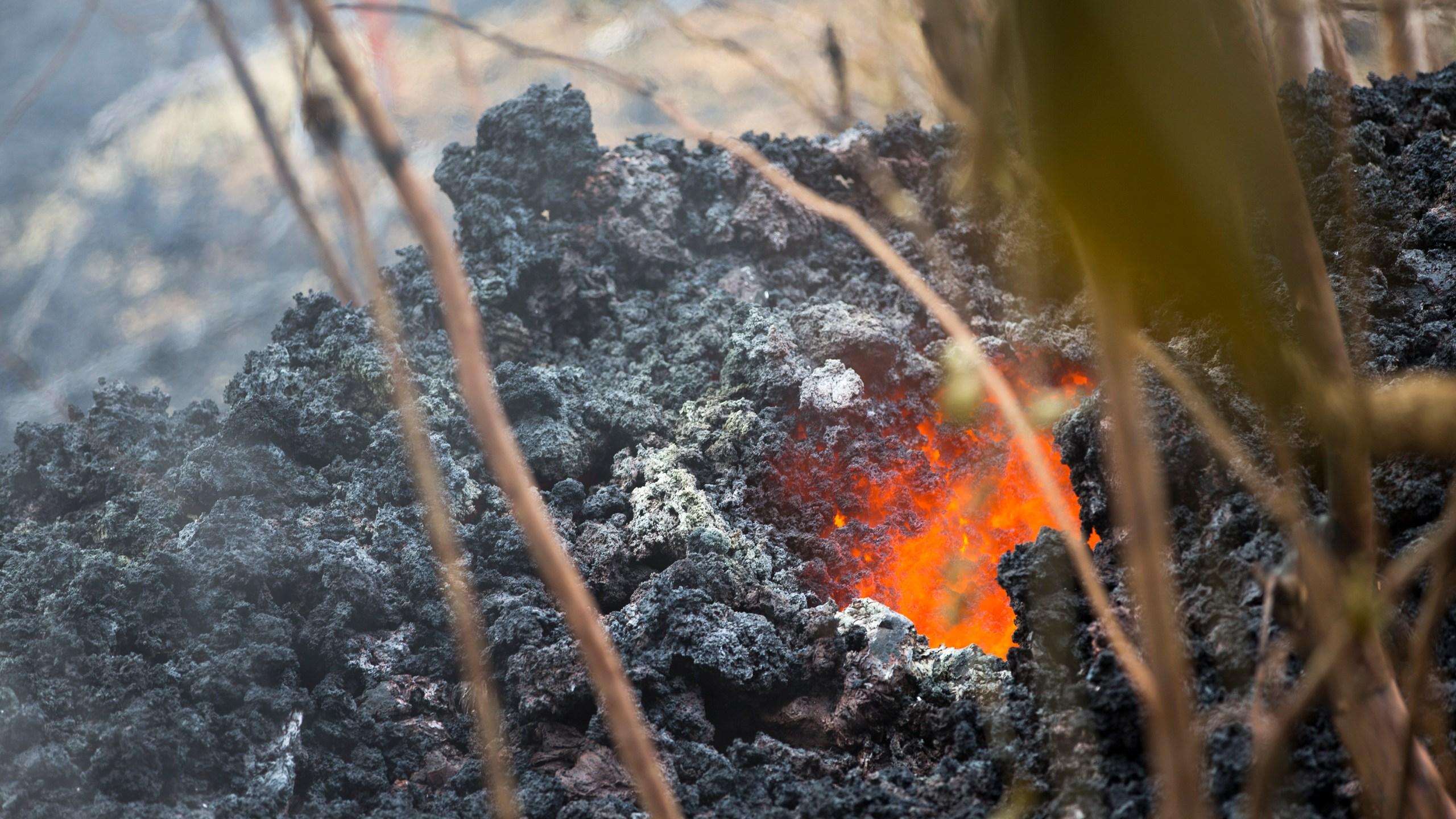 Hawaii_Volcano_66149-159532.jpg34319471