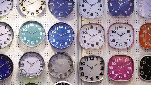 clocks_1525395037247_41582692_ver1.0_640_360_1525798960784.jpg