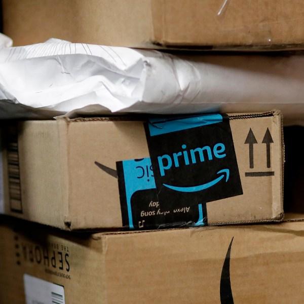 Amazon_Car_Delivery_33706-159532.jpg09615751