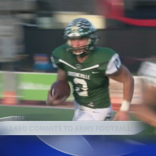 Greeneville_quarterback_and_Class_4_A_pl_0_20180718034157