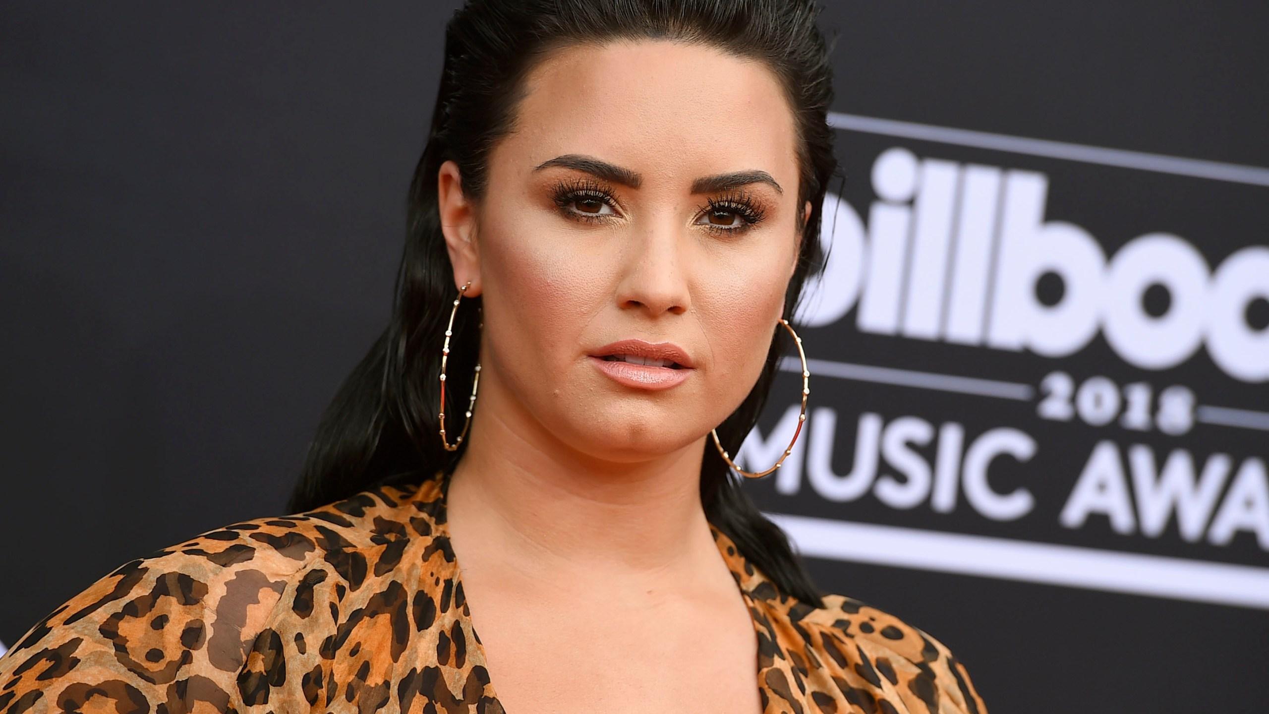 People-Demi_Lovato_18997-159532.jpg81790397