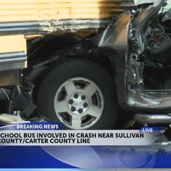 Sullivan_Co__school_bus_crash_closes_Hig_1_20180904211757