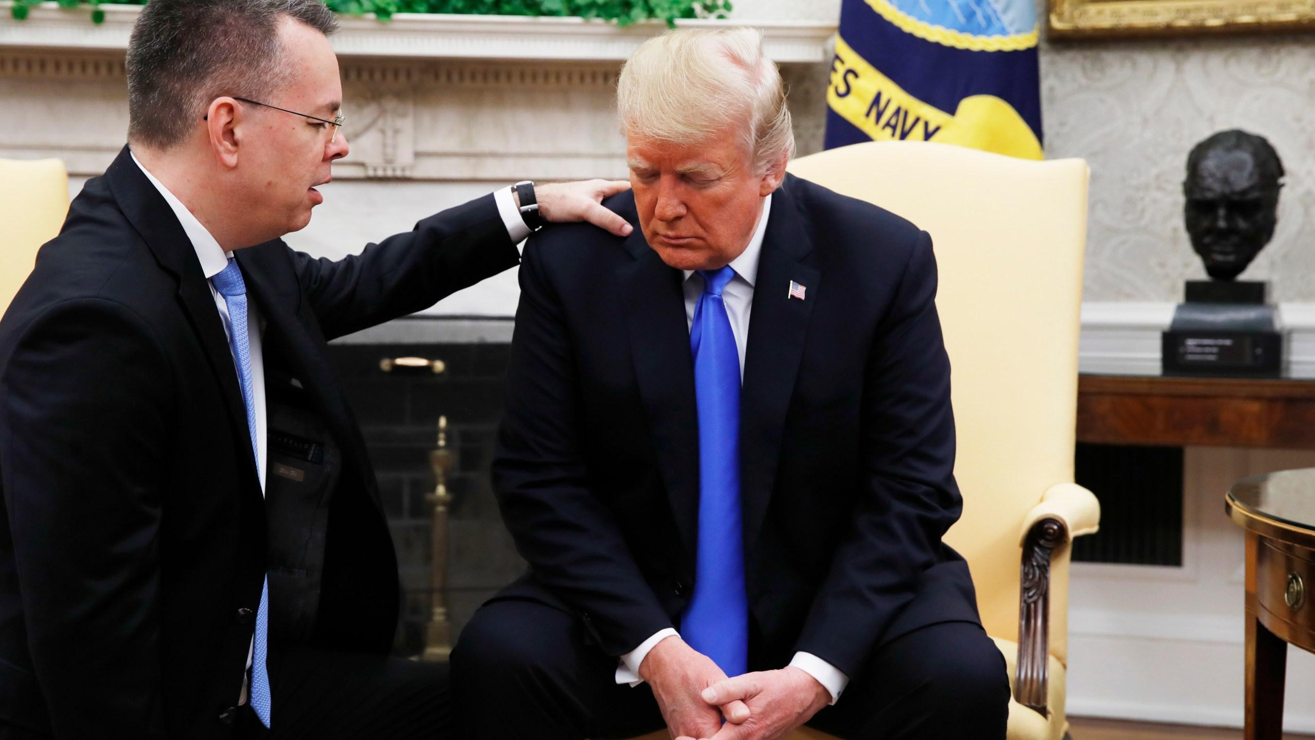APTOPIX_Trump_American_Pastor_80707-159532.jpg14909426