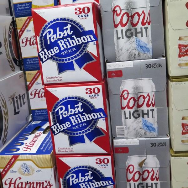 Beer_Battle_30355-159532.jpg55368208