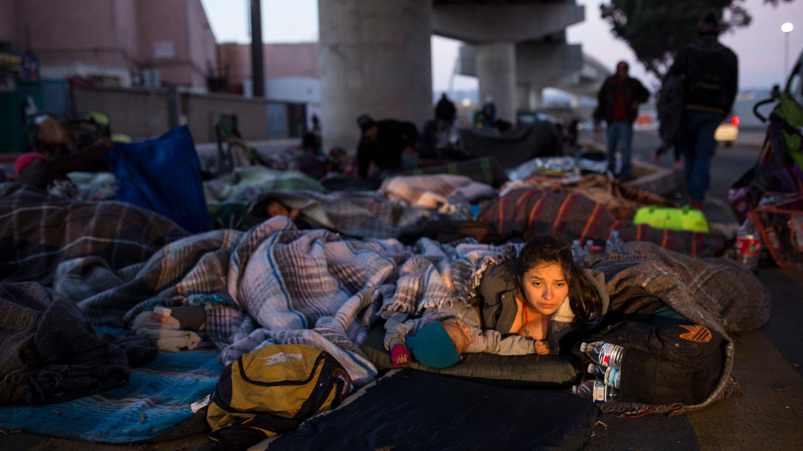 Central_America_Migrant_Caravan_40493-159532.jpg81640135