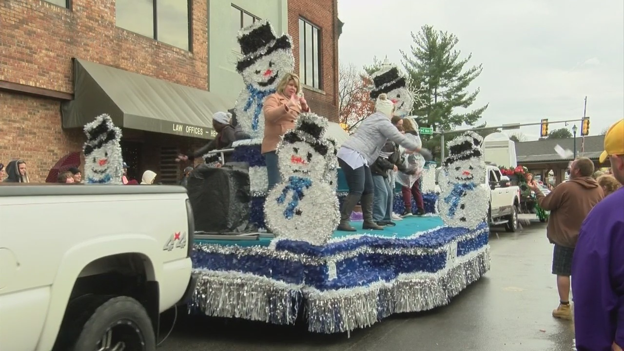 Johnson City Christmas Parade attracts a large crowd