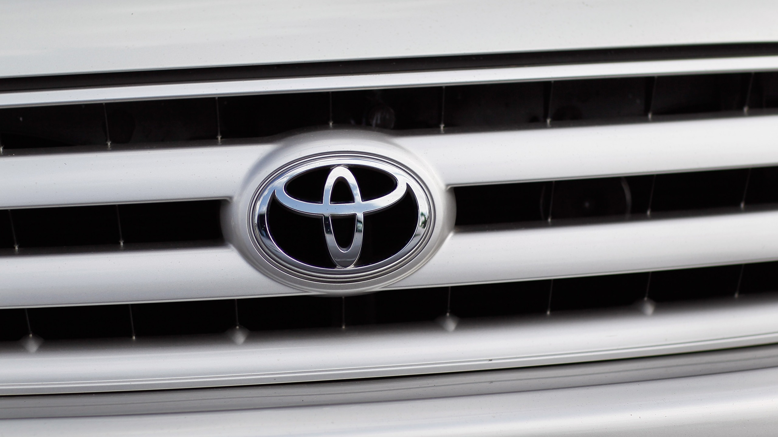 Toyota Recalls Over Half A Million Vehicles Over Steering Problem_421944