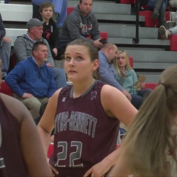 Courtney_Whitson_becomes_the_all_time_sc_9_20190201045009