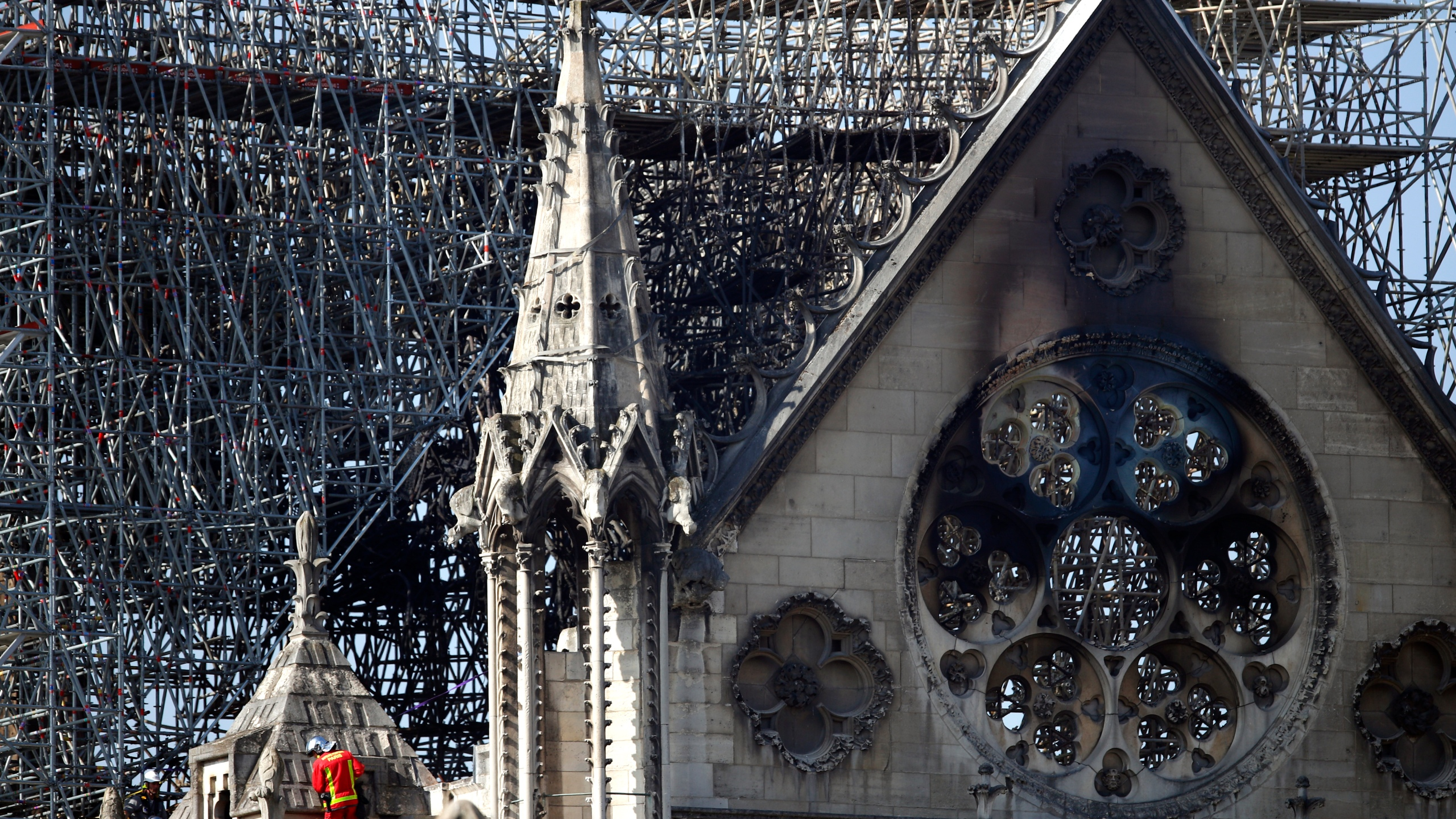 APTOPIX_France_Notre_Dame_Fire_63711-159532.jpg57370092