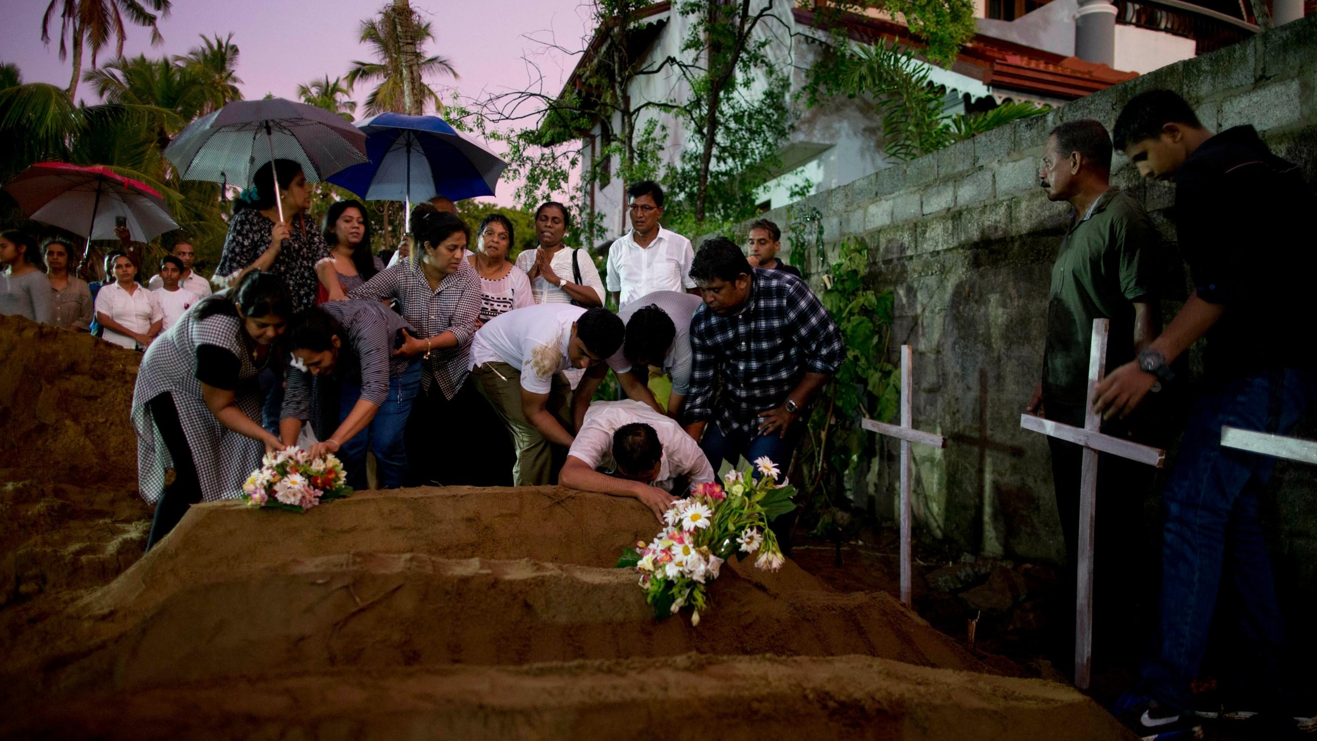 APTOPIX_Sri_Lanka_Church_Blasts_35857-159532.jpg77168424