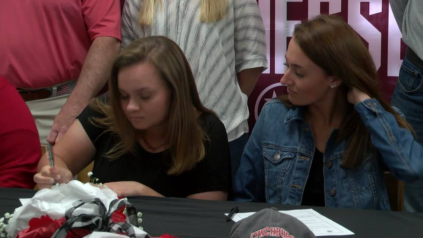 Tennessee High's Ivy Foran and Lily Self sign with University of Lynchburg