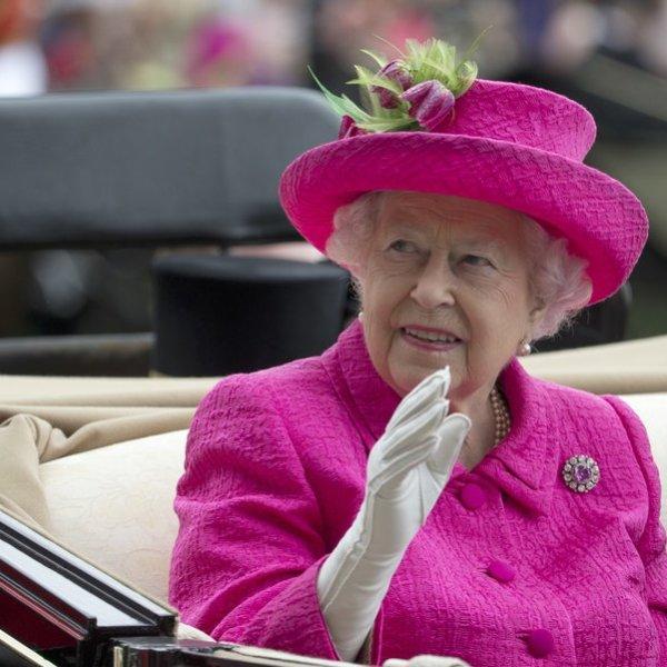 Queen Elizabeth II_358878
