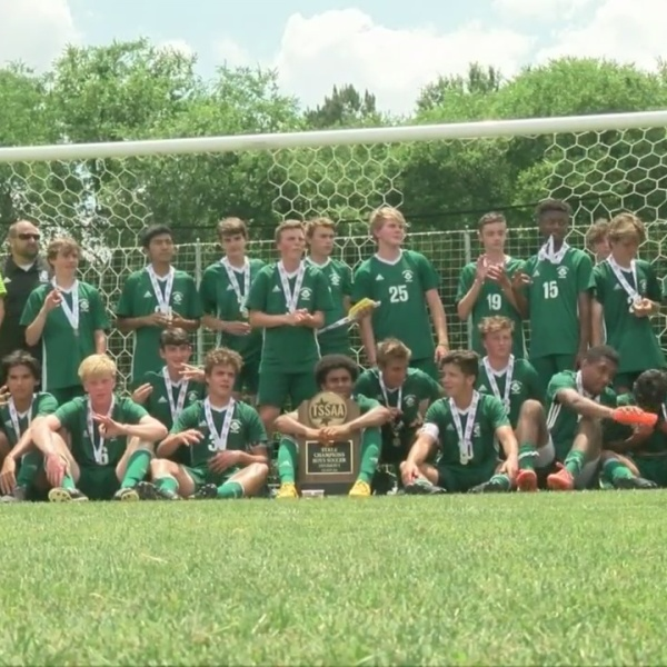 Greeneville_wins_a_3rd_straight_soccer_C_0_20190525035037