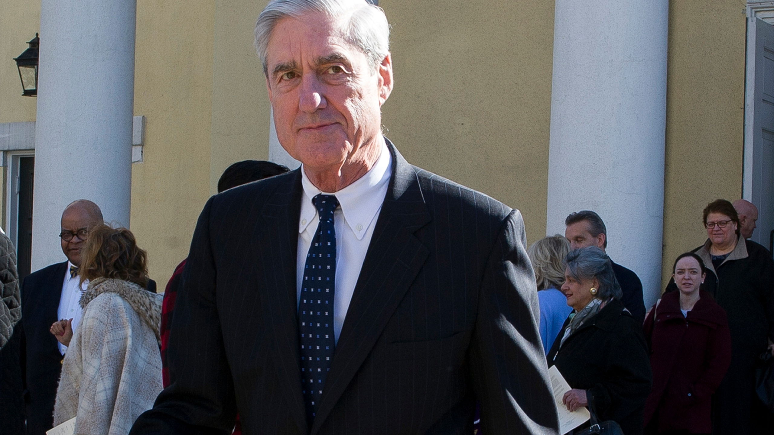Trump_Russia_Probe_Mueller_50210-159532.jpg43165404