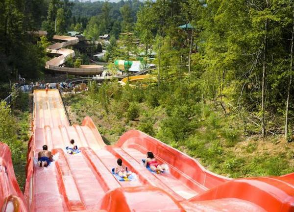 10_dollywoods-splash-country-water-adventure-park_174754