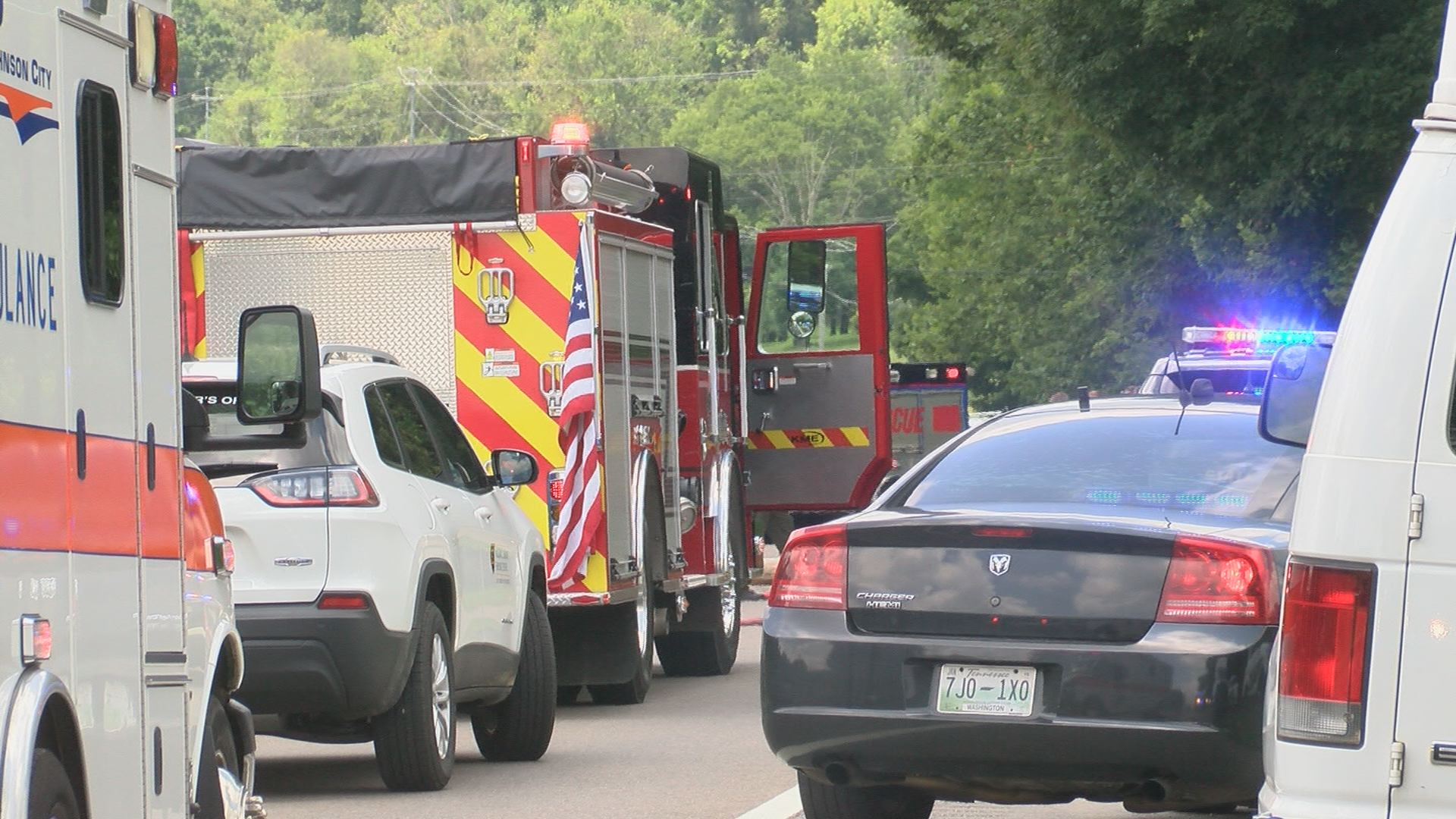 Woman, 2 children killed in 11E crash in Washington Co