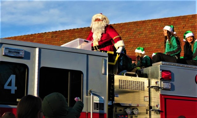 Greeneville Fire Dept. set to help Santa deliver treat bags on