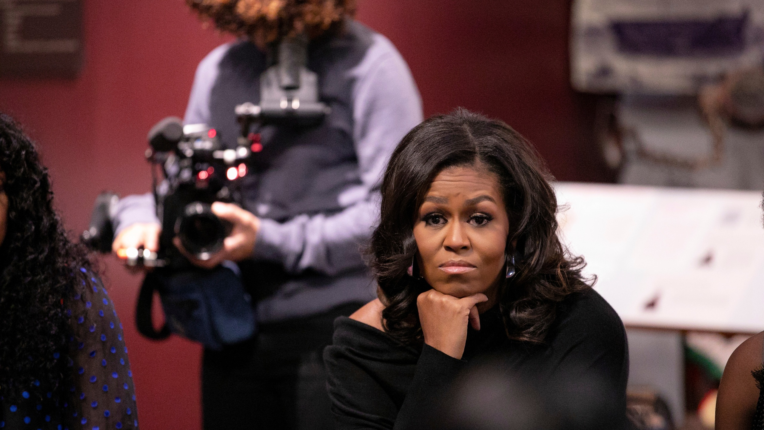 BECOMING (L to R) Director Nadia Hallgren and Michelle Obama in BECOMING. Cr. NETFLIX © 2020, 1